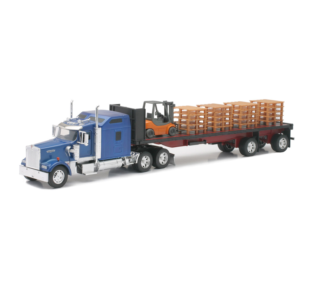 1 32 Scale Kenworth Flatbed W Forklift And Pallet New